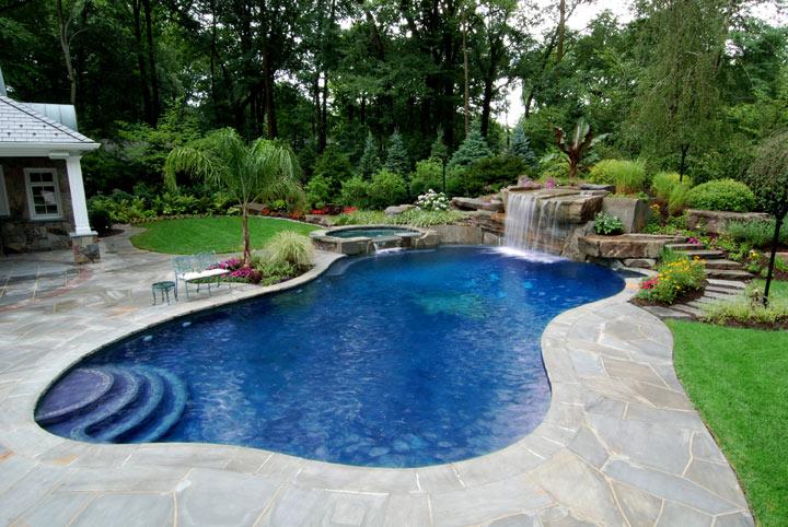 Những thiết kế bể bơi nhỏ và độc đáo trong sân vườn2