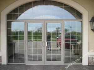 Tìm hiểu thêm về hệ cửa đi nhôm kính Fintech1