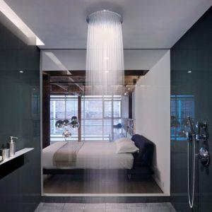 """Ngắm những phòng tắm """"nổi bần bật"""" với vòi sen hiện đại"""